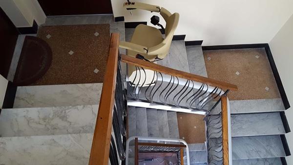 terzo piano dell'installazione del montascale di varazze in provincia di savona