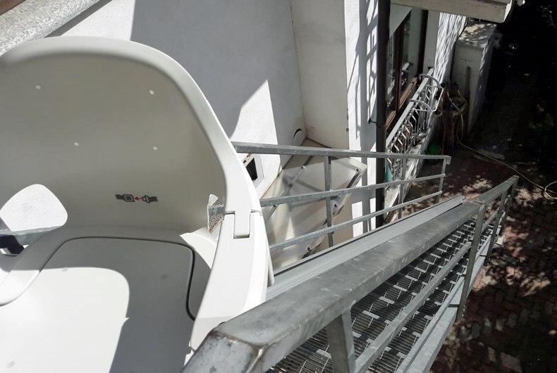 montascale2c installa montascale anche a borgo san dalmazzo