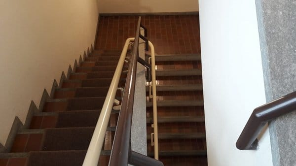 Saliscale con percorso su misura, vista delle due rampe di scale